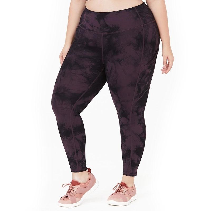 TORRID / Компрессионные легинсы большого размера черно фиолетовые