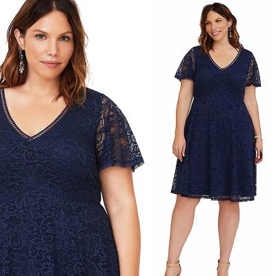 TORRID / Кружевное платье миди для полных женщин и девушек